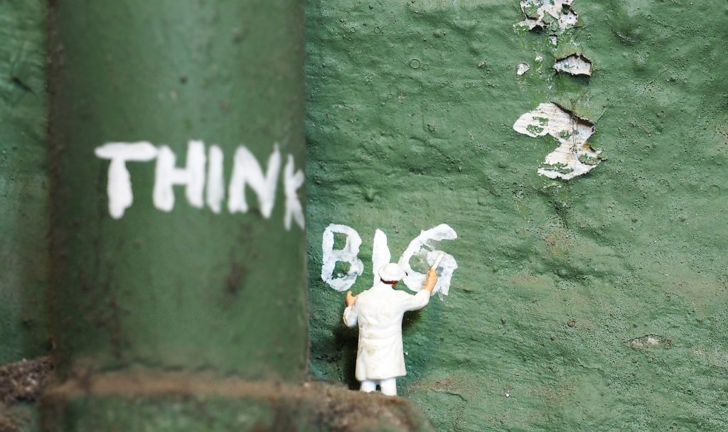 thinking big is a must for successful managers